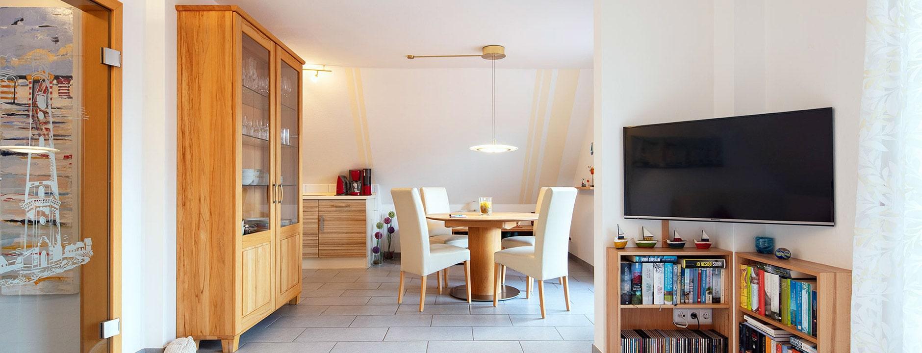 Wohnetage mit Essbereich und offener Küche